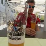 In Bayern müssen wir natürlich ein Weissbier trinken